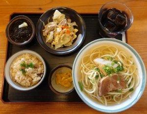 沖縄宮古島にあるランチが好評の人気店7選【食べログ3.5以上】